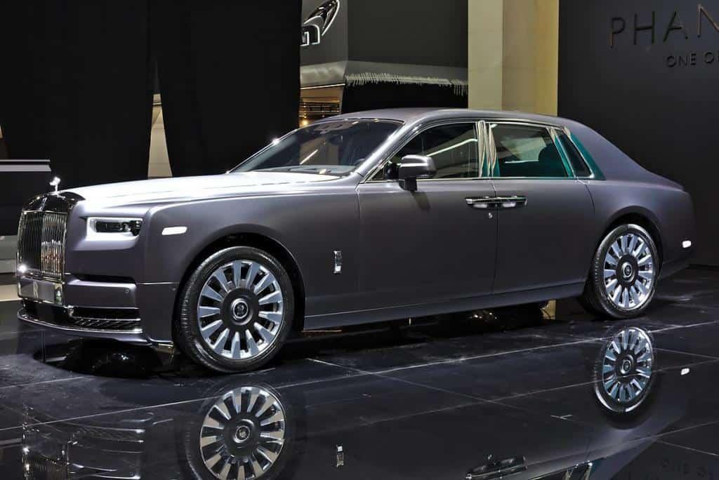Rolls-Royce_Phantom_VIII_